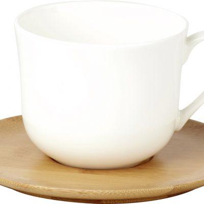 Becher und Tassen